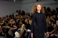 Barbara Casasola Catwalk  - London Fashion Week 2016